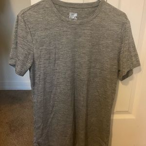 Set of 2 Tech shirts for working out